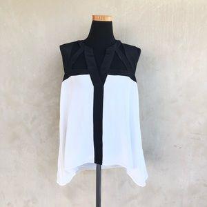 [BCBGMAXAZRIA] cut out sleeveless silk top